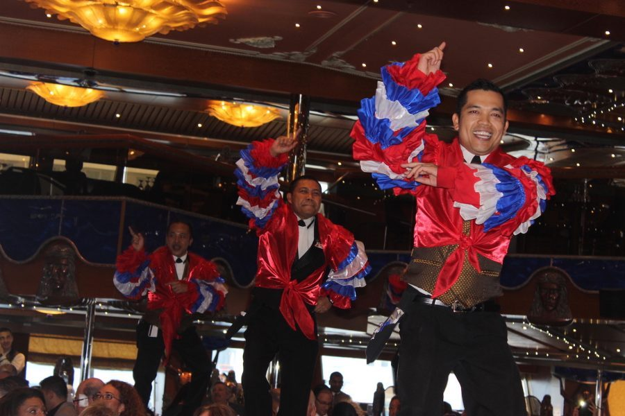 carnival_cruise_dancer