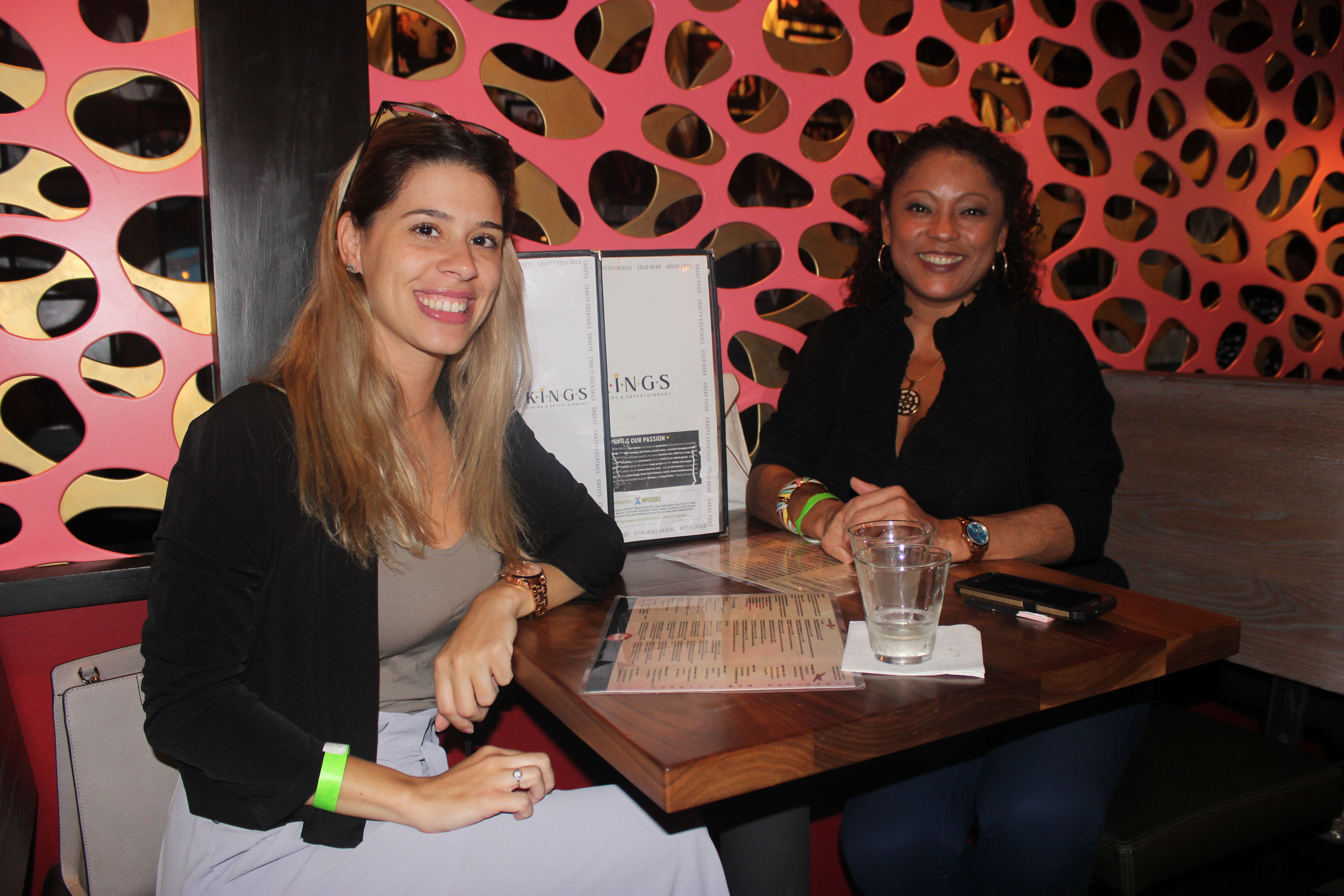 Ladies networking at King's Bowl Business networking event hosted by the Doral Chamber of Commerce.