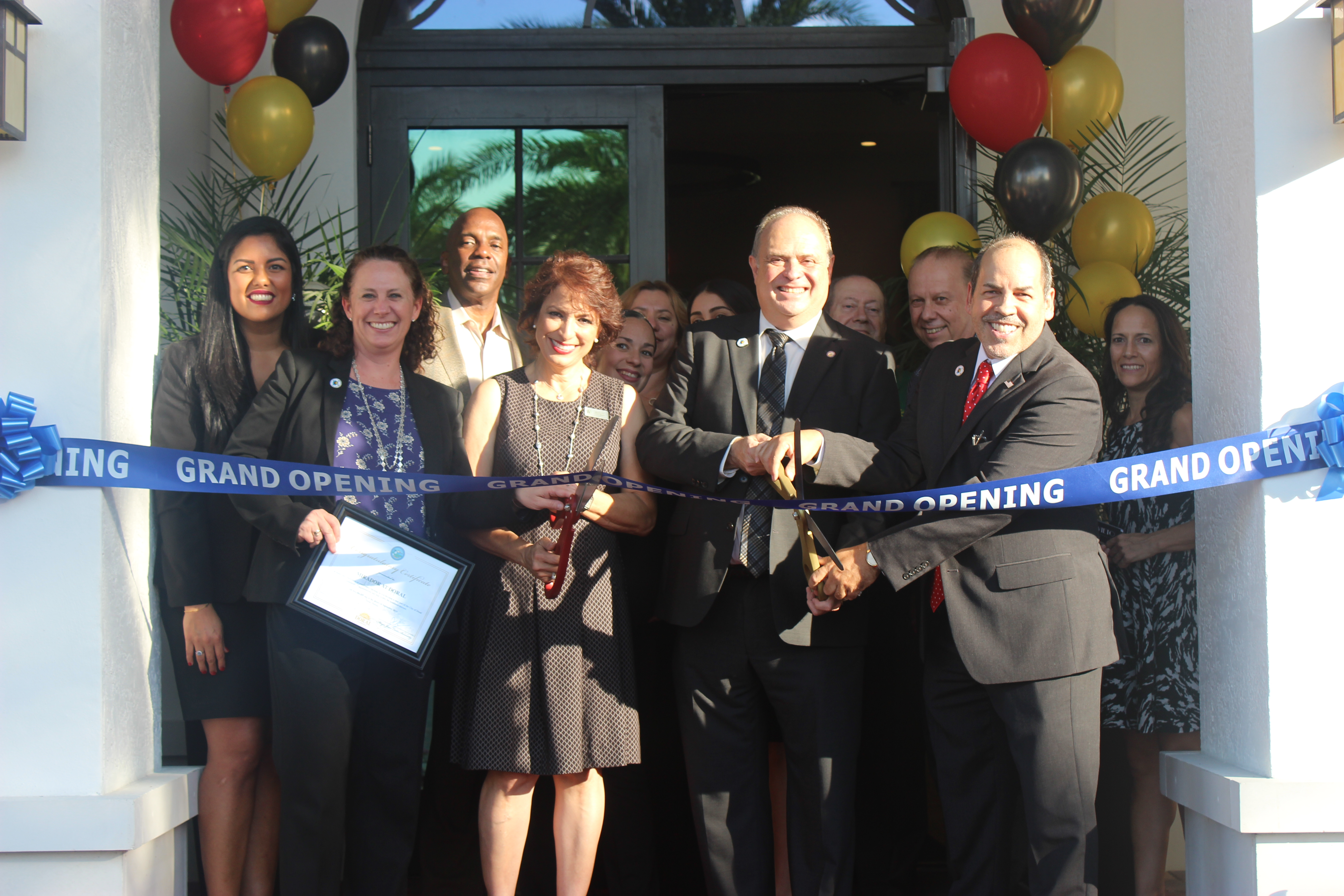 Doral Chamber of Commerce introduces Mirador Apartments Grand Opening.